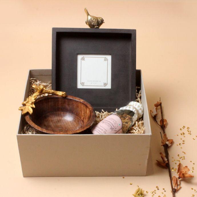 Gracious Gift Box