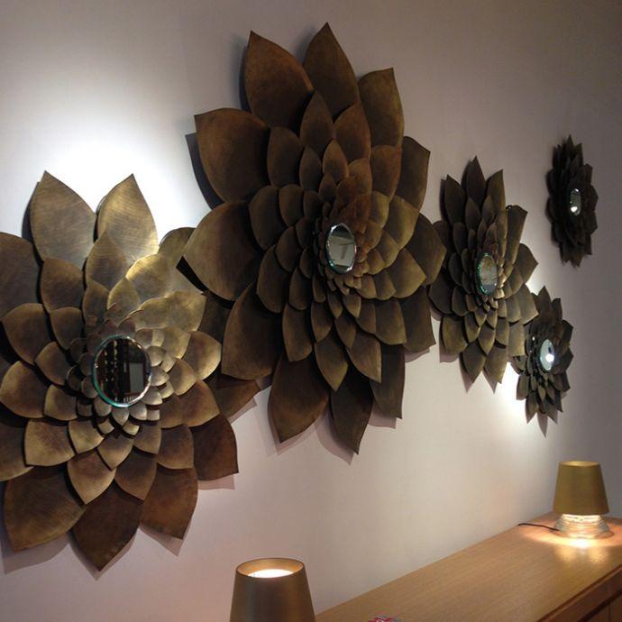 Luxe Me Lotus Mirror Brass
