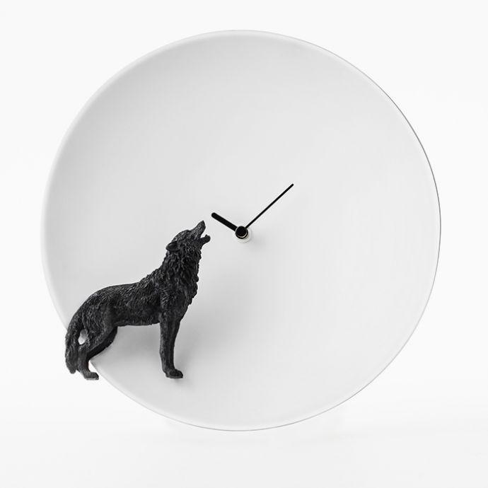 Moon X Clock - Wolf