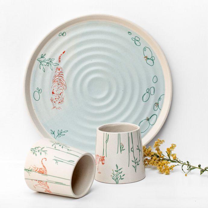 Paaro- Gift Set ( Set of 2 Tumblers, 1 Platter)
