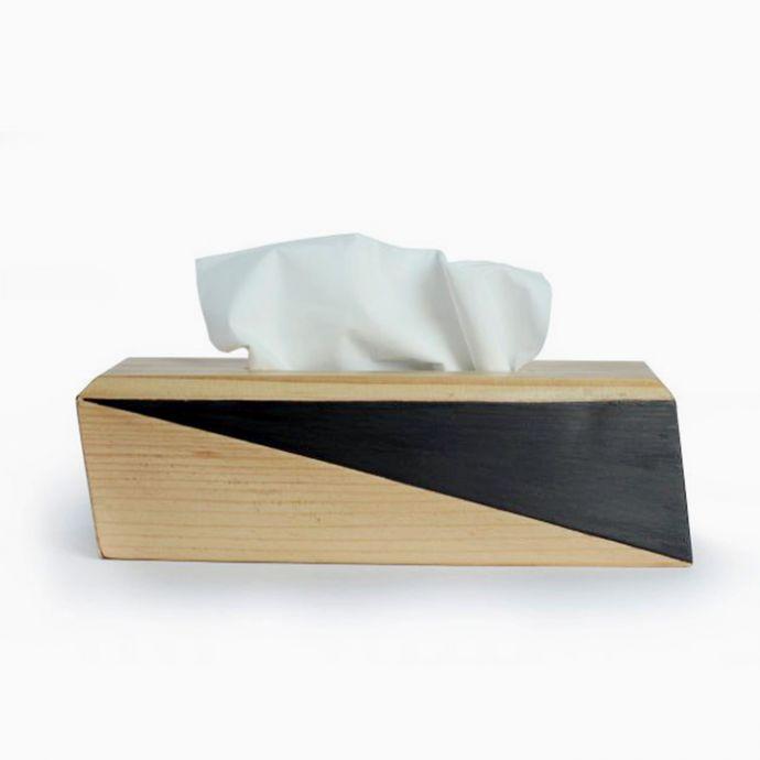 Paper Plane Tissue Holder
