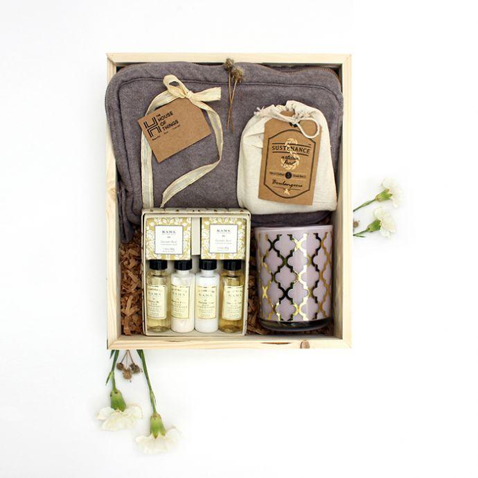 Travelling Essentials Gift Set
